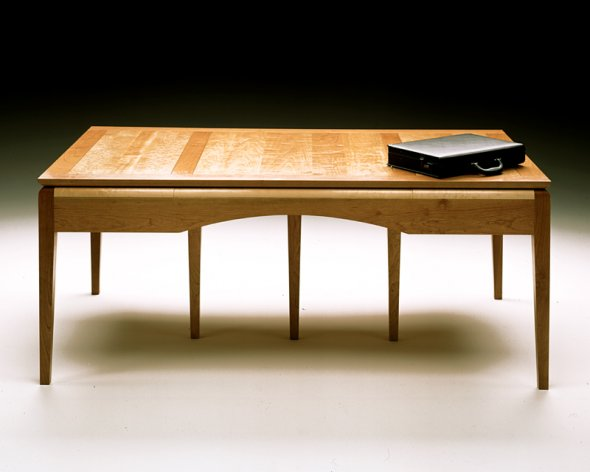 ming-shaker-desk-client-side-by-becker