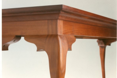 queen-anne-sofa-table-detail-by-becker